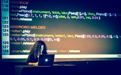 "<span  class=""uc_style_uc_tiles_grid_image_elementor_uc_items_attribute_title"" style=""color:#ffffff;"">Daniel del Rio - Programación</span>"